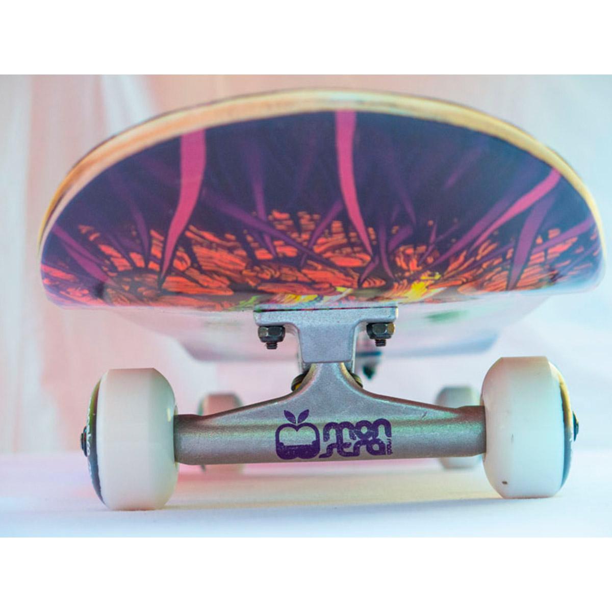 Skate Completo Monstra Maçã Puke