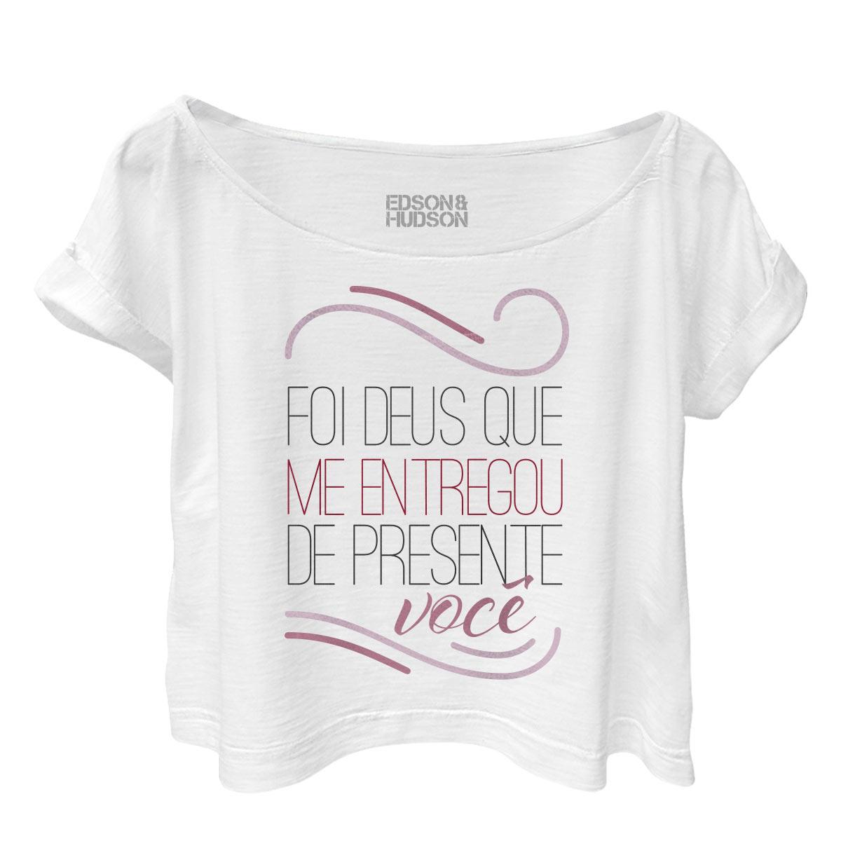 T-shirt Premium Feminina Edson & Hudson De Presente Você