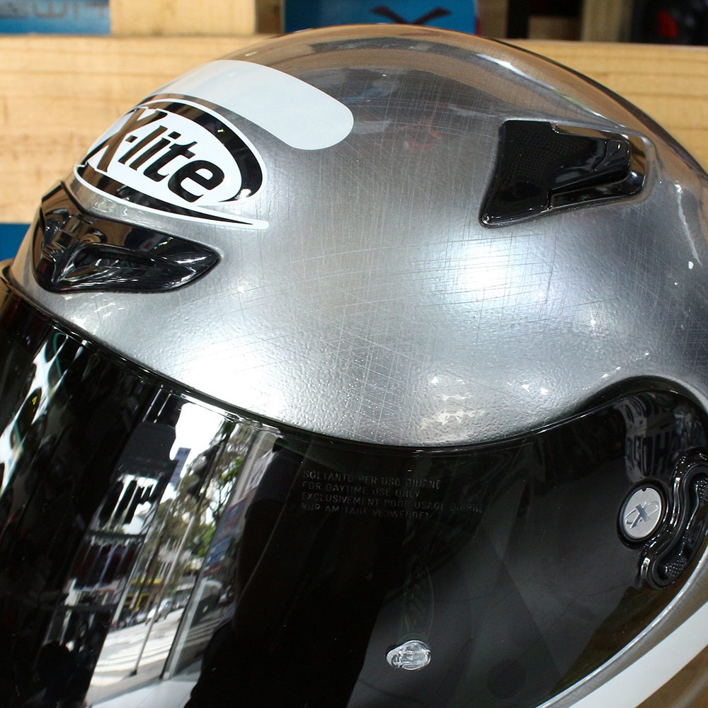 Capacete X-Lite X-802RR Ultra Carbon Start Scratched Chrome   - Planet Bike Shop Moto Acessórios