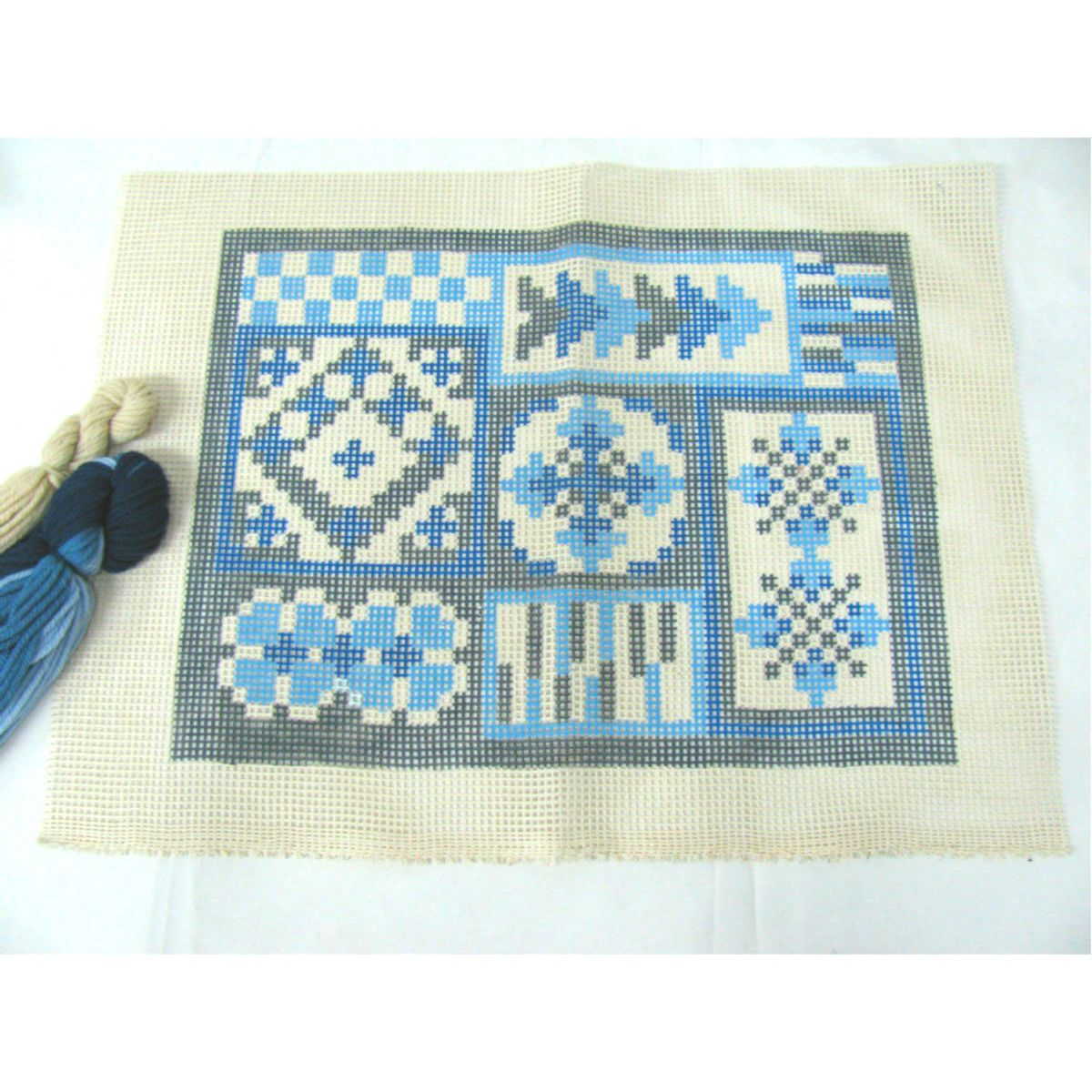 Kit Almofada Geométrica Azul  - Conceição Spinola Tapeçaria