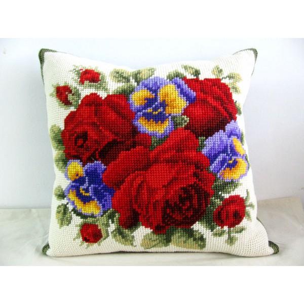 Almofada Grande Arranjo de Rosas Vermelhas  - Conceição Spinola Tapeçaria