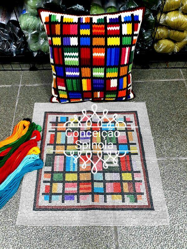 Kit Almofada Mosaico  - Conceição Spinola Tapeçaria