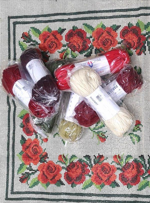 Kit Tapete Rosinhas Vermelhas  - Conceição Spinola Tapeçaria