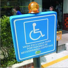 Pedestal MAX Personalizado Piscante Alto com impressão