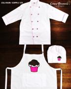 Conjunto Dólmã Clássico Unissex BRANCO com vivo ROSA e botões PINK HEART 100% algodão manga 3/4 + AVENTAL BRANCO CUPCAKE ROSA E MARROM + CHAPÉU CUPCAKE