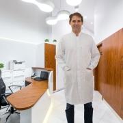 Jaleco Gola Padre com punho de ribana - branco microfibra premium 100% Poliéster