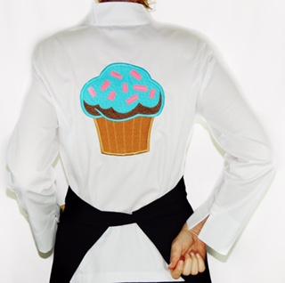 Dólmã Grace Feminina Cupcake Blue Sky BRANCA  (Abotoamento Pressão)- Sarja 100% algodão Branco