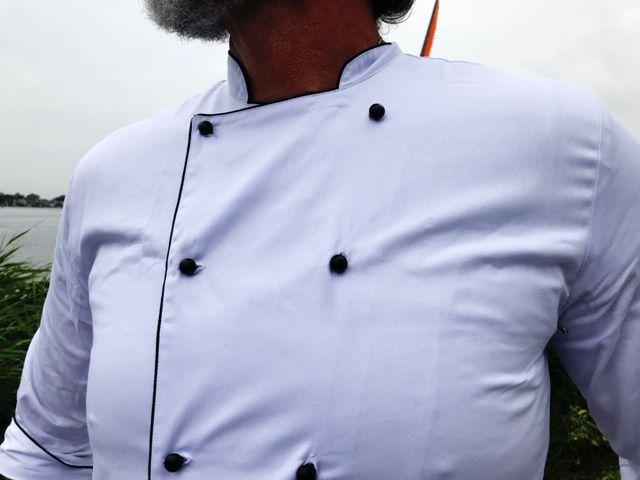CONJUNTO Dólmã Gourmet Unissex Branco com VIVO Preto Botões Bola Preto 100% Algodão Manga 3/4 + AVENTAL PRETO ALGODÃO