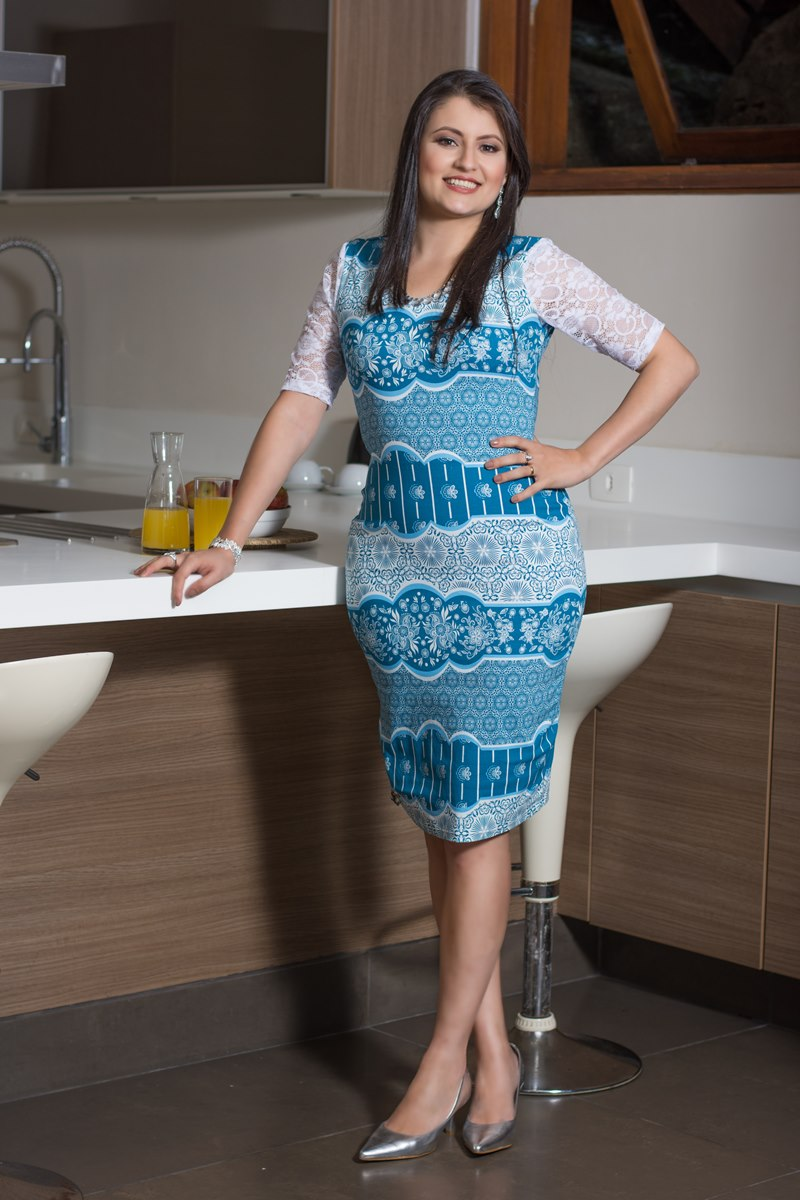 SC102 Vestido Renda Simmone Carvalho