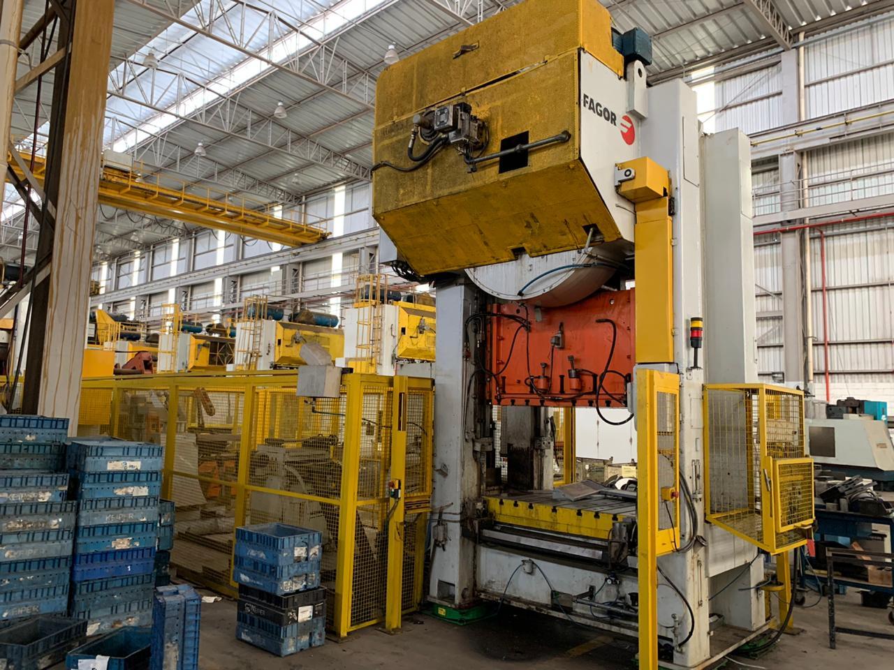 P1-Prensa Excêntrica Fagor, Scm1-2500-1500 100, 250 ton  - AEG Comercial