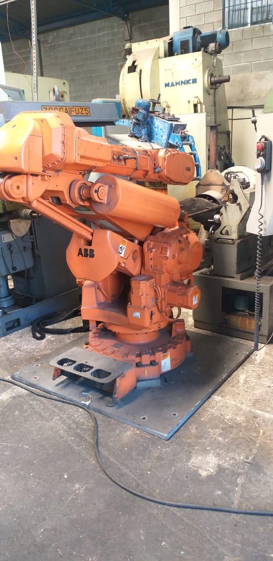 Robô de Solda ABB, IRB6400 R