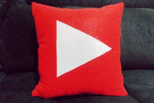Almofada Youtube Icon Handmade Sensuelle