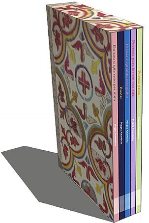 Box com os cinco livros de Negra Anastácia
