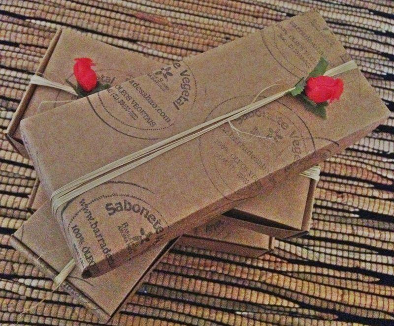 Caixa presente com 3 sabonetes