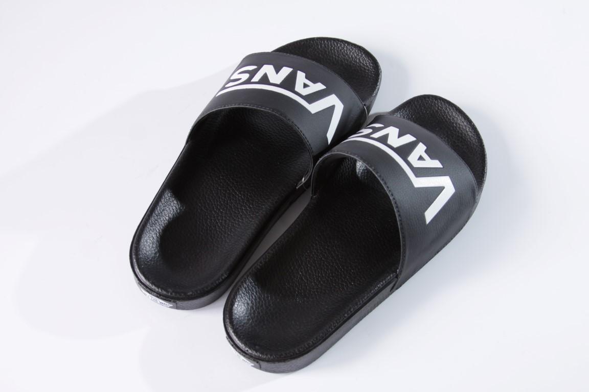 Chinelo Vans - W/M Slide On (Vans) Black  - No Comply Skate Shop