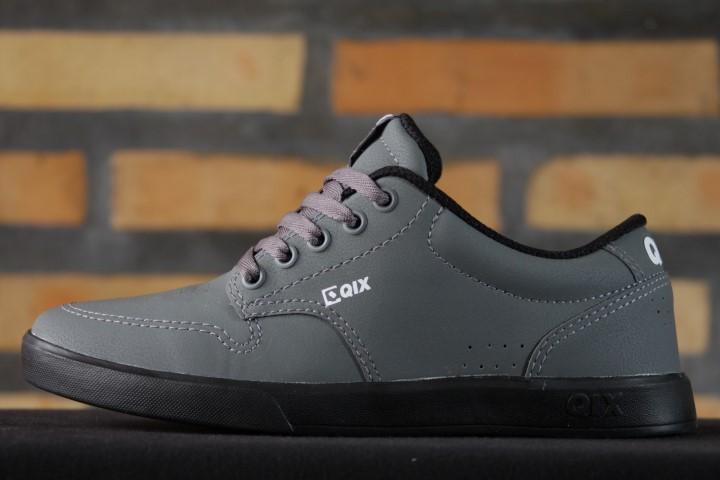 Tênis Qix - Base Cinza/Preto  - No Comply Skate Shop