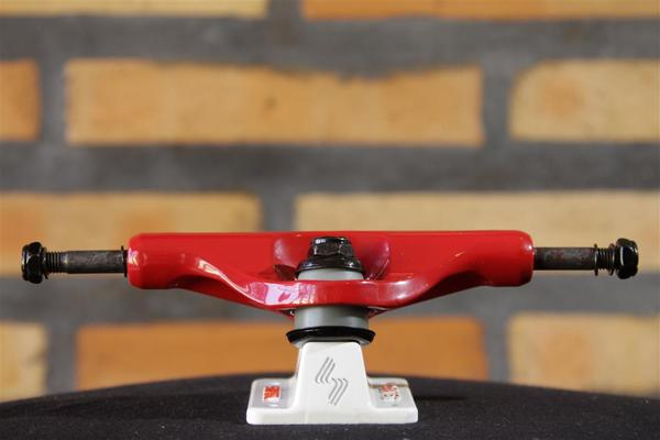 "Truck Silver M Class Red 8.0""  - No Comply Skate Shop"