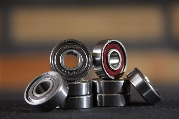 Rolamento Lucky - Titanium  - No Comply Skate Shop