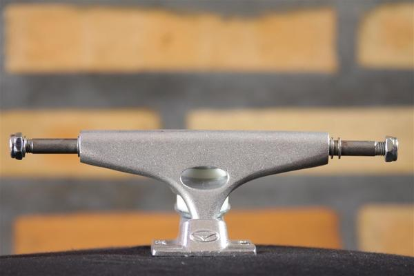 Truck Krux - 4.0 K4 Silver Tall  - No Comply Skate Shop