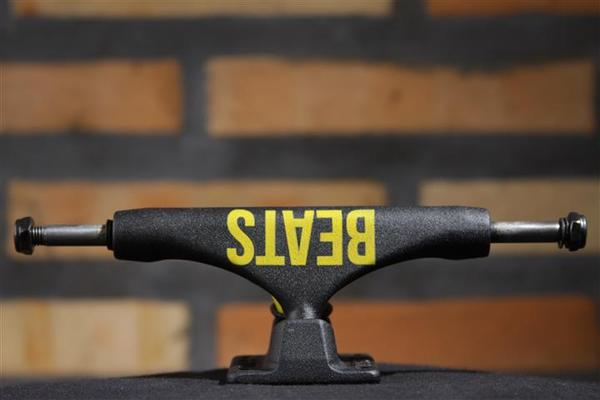 Truck Crail 136 Mid Beats Yellow on Black  - No Comply Skate Shop