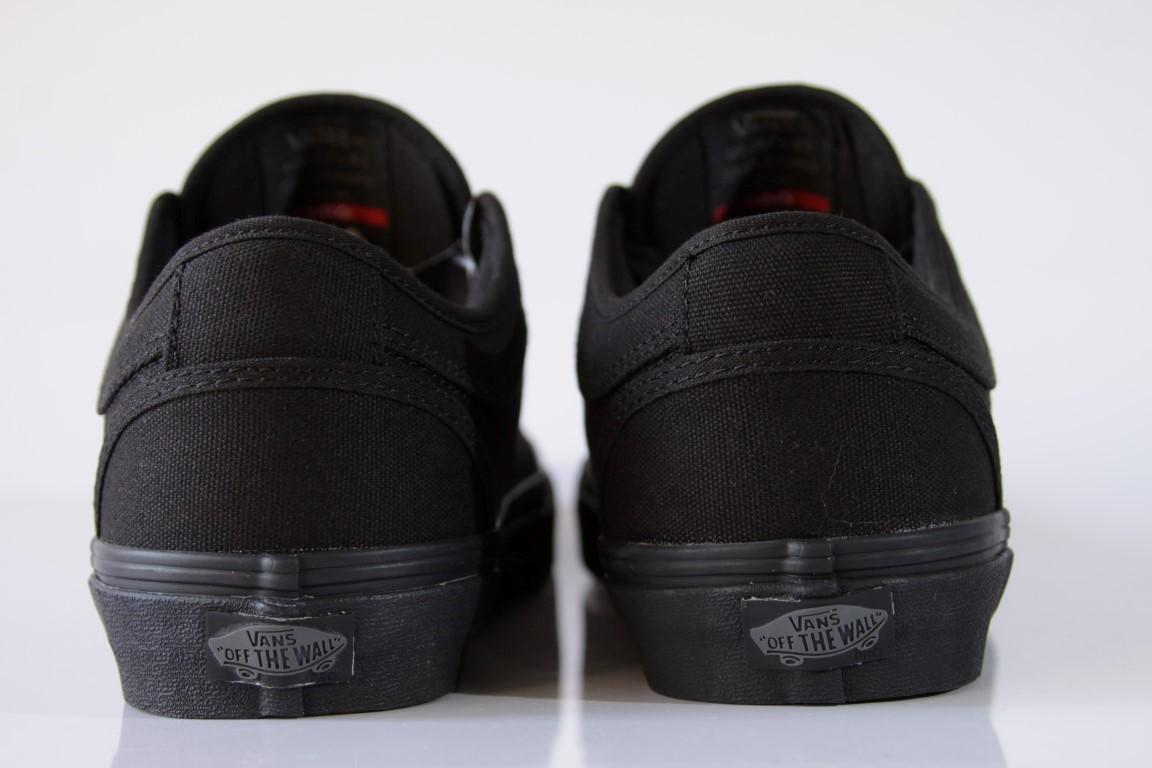 500906ecc ... Tênis Vans - MN Chukka Low Blackout - No Comply Skate Shop ...