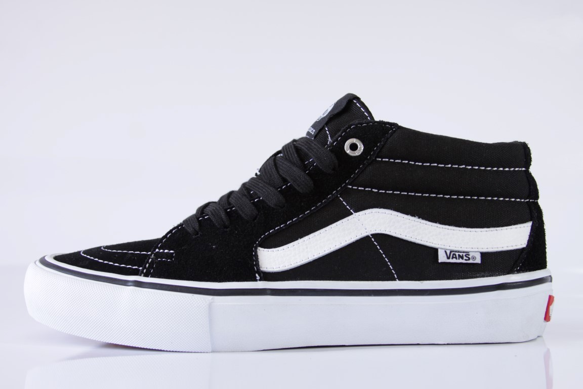 2bb33290edde5d Tênis Vans - MN SK8-Mid Pro Black White - No Comply Skate Shop ...