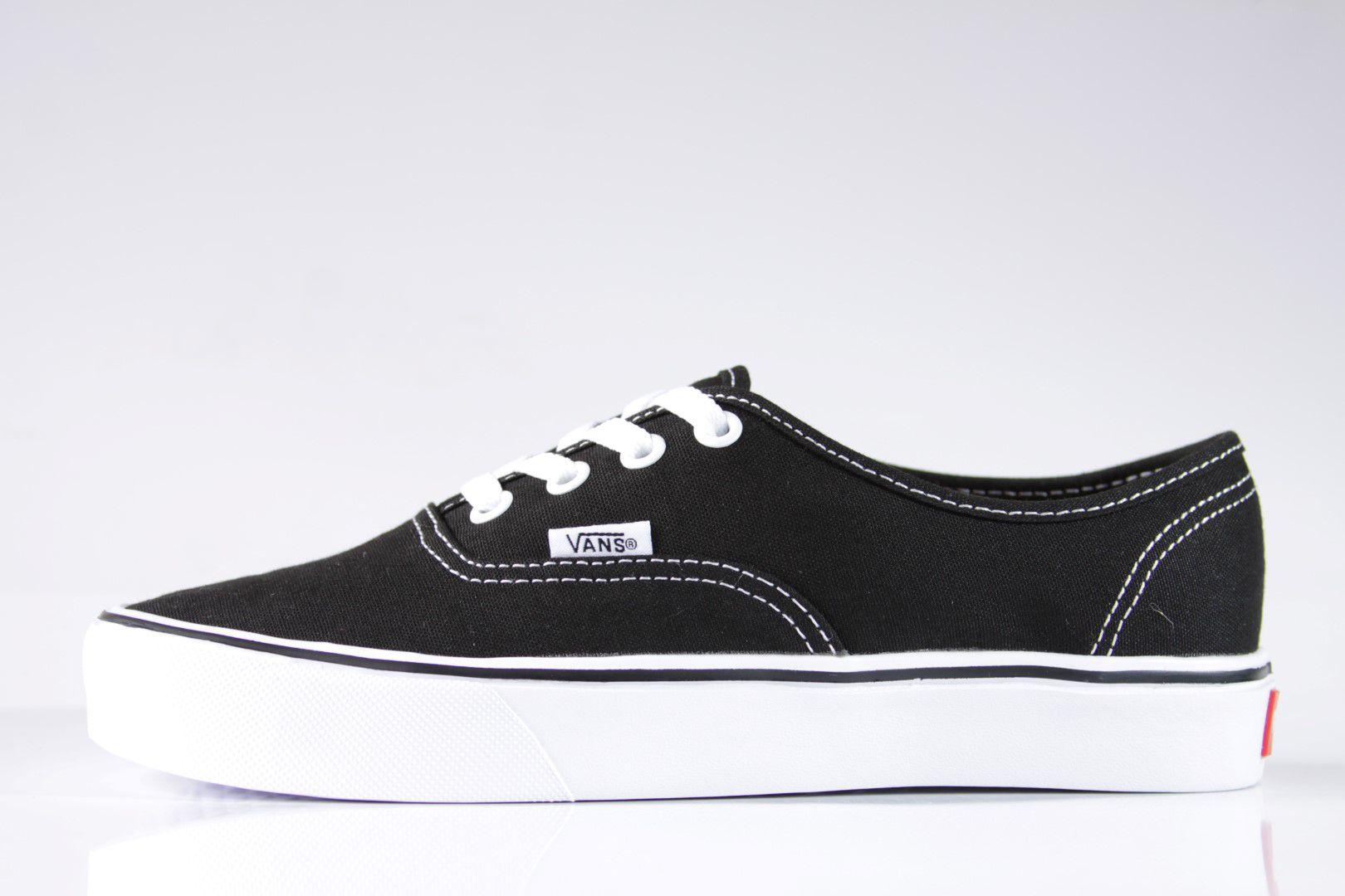 Tênis Vans - UA Authentic Core Lite (Canvas) Black White - No Comply ... 78842fb769047