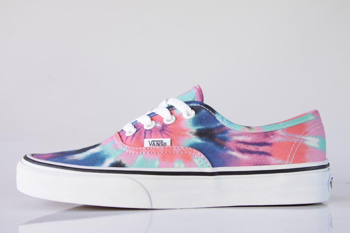 c6f3e4a6fda No Comply Skate Shop vans Tênis Vans - UA Authentic (Tie Dye) Multi ...