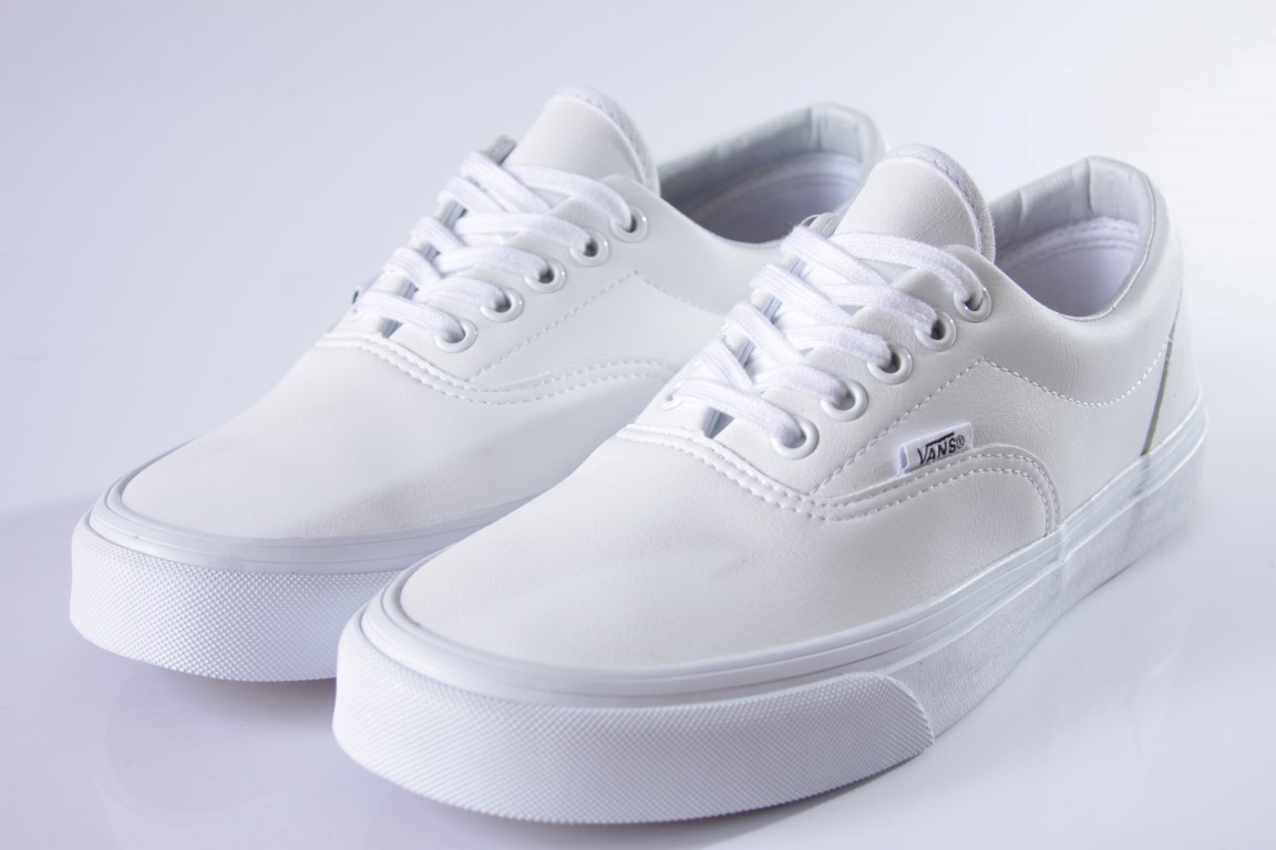 ff18d8427fd ... Tênis Vans - UA Era (Classic Tumble) True White - No Comply Skate Shop  ...