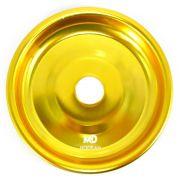 Prato para narguile em alumínio marca MD, tamanho médio (13,3cm de diâmetro, furo 2,2cm). Dourado.
