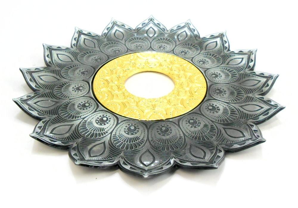 Prato para narguile Pérsia 21cm em inox pintado, decorado flor de lótus. Cor PRETO ESCOVADO.