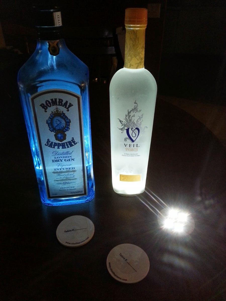 Base de LED pisca-pisca para garrafa/vaso. Bolacha com Adesivo.