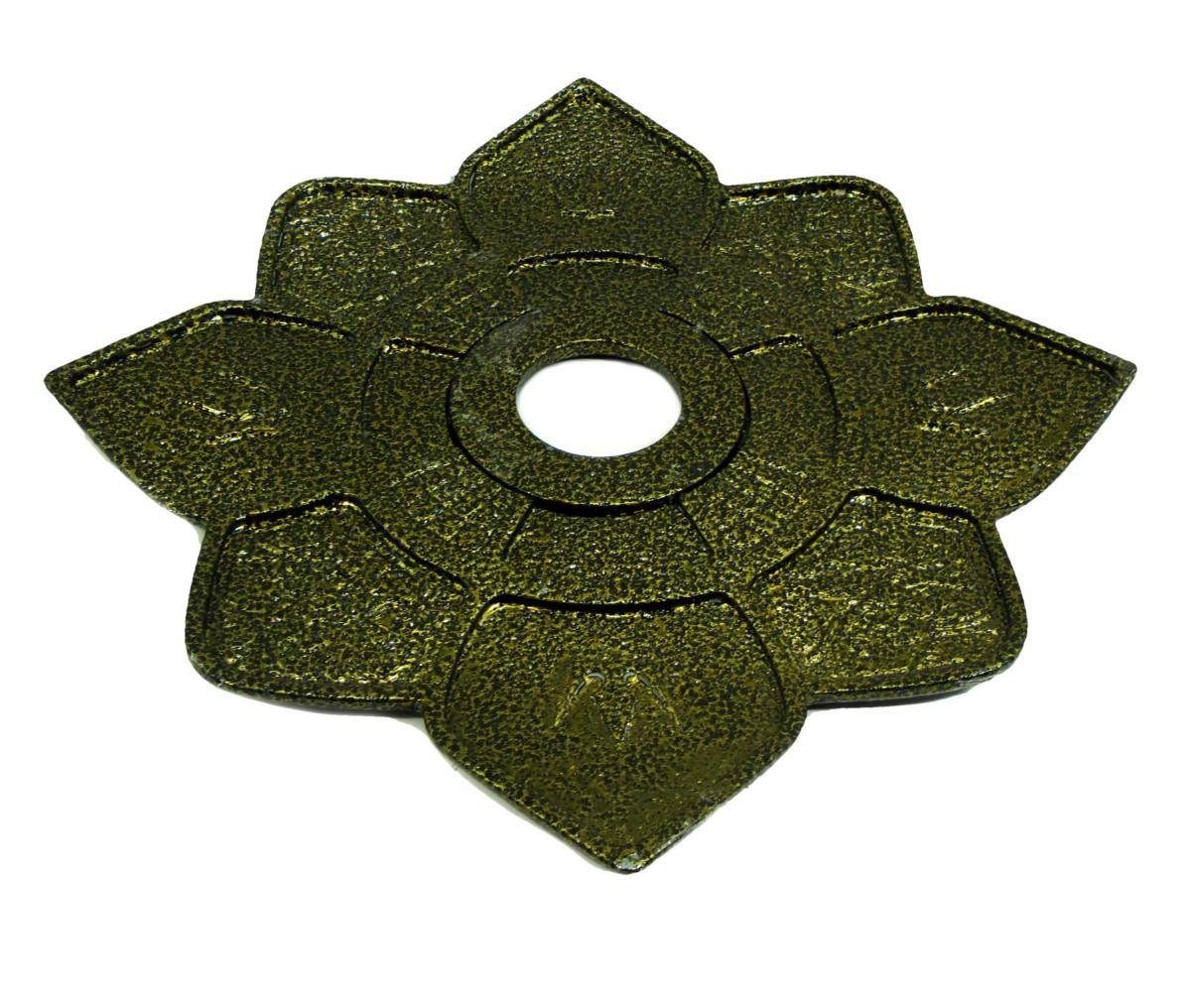 Prato para narguile IMPERIA com pintura epóxi com textura martelada. 27cm de diâmetro, 4cm de furo.