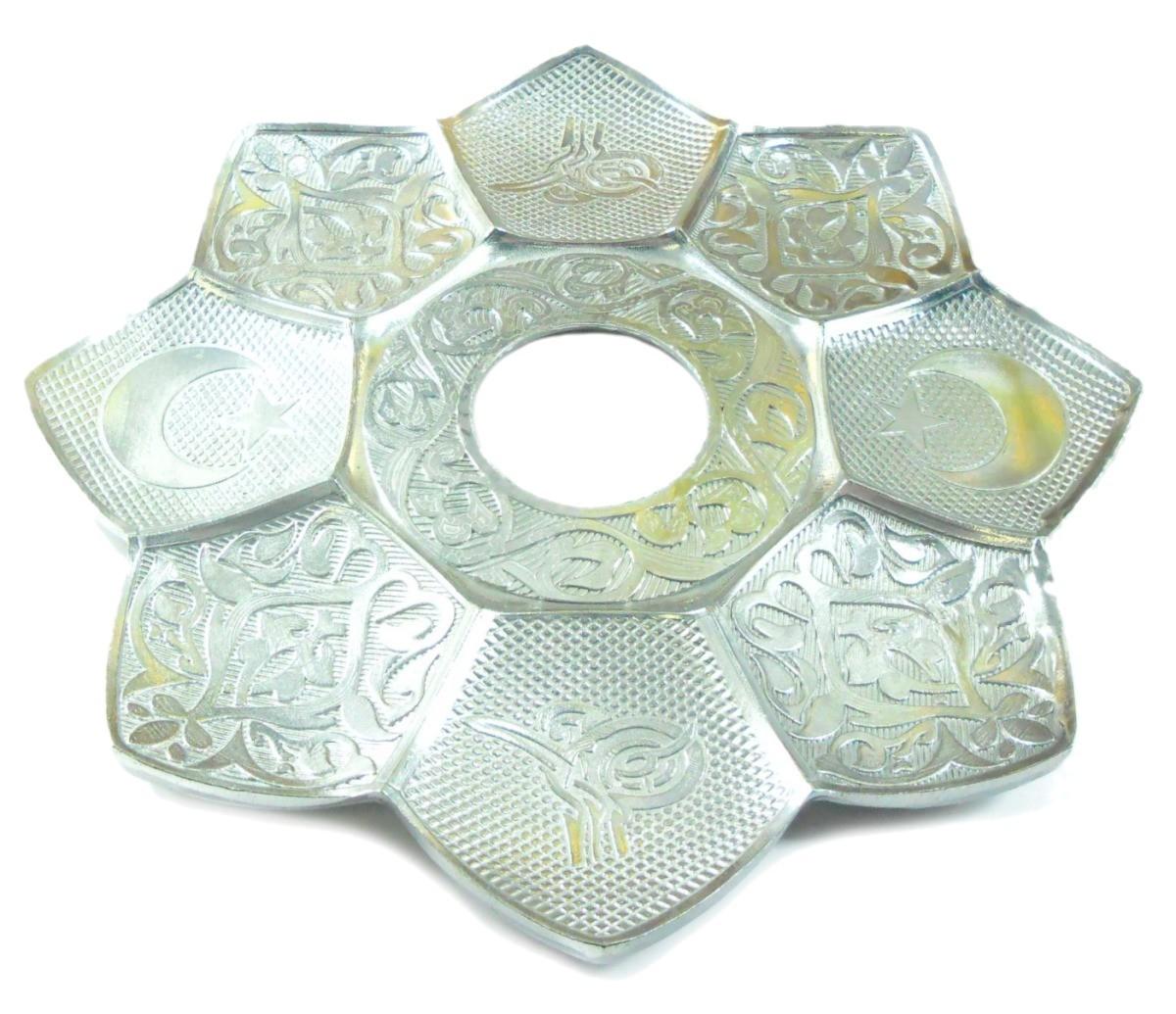 Prato para narguile marca Md Hookah 21cm de diâmetro. Em metal inox e decorado. Cor CROMADO/PRATA.