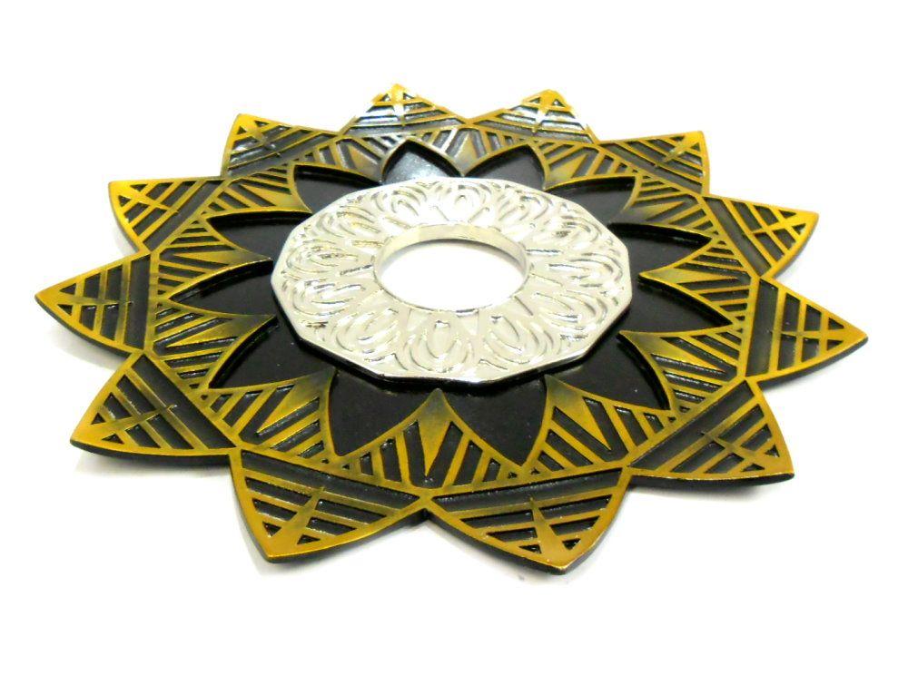 Prato para narguile mod. Ébano 23cm em liga metálica maciço, inox e decorado em alto relevo. Ouro Velho/Cromado