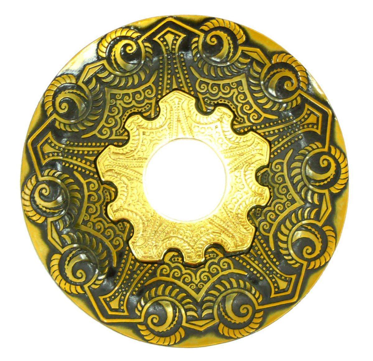 Prato para narguile modelo Vennus 17cm de diâmetro. Liga metálica inox e decorado. OURO VELHO. Centro Dourado