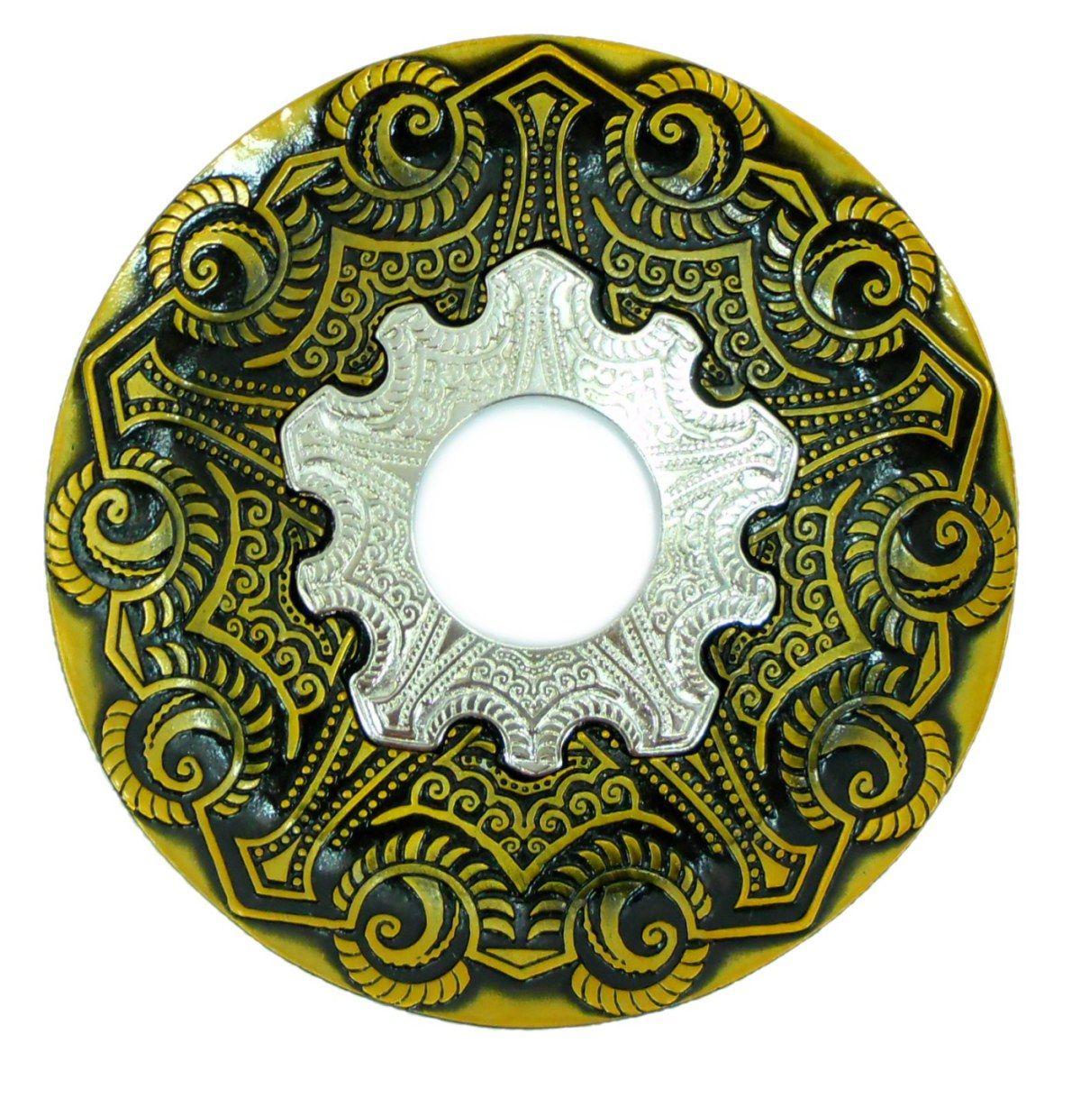 Prato para narguile modelo Vennus 17cm de diâmetro. Liga metálica inox e decorado. OURO VELHO. Centro Prata
