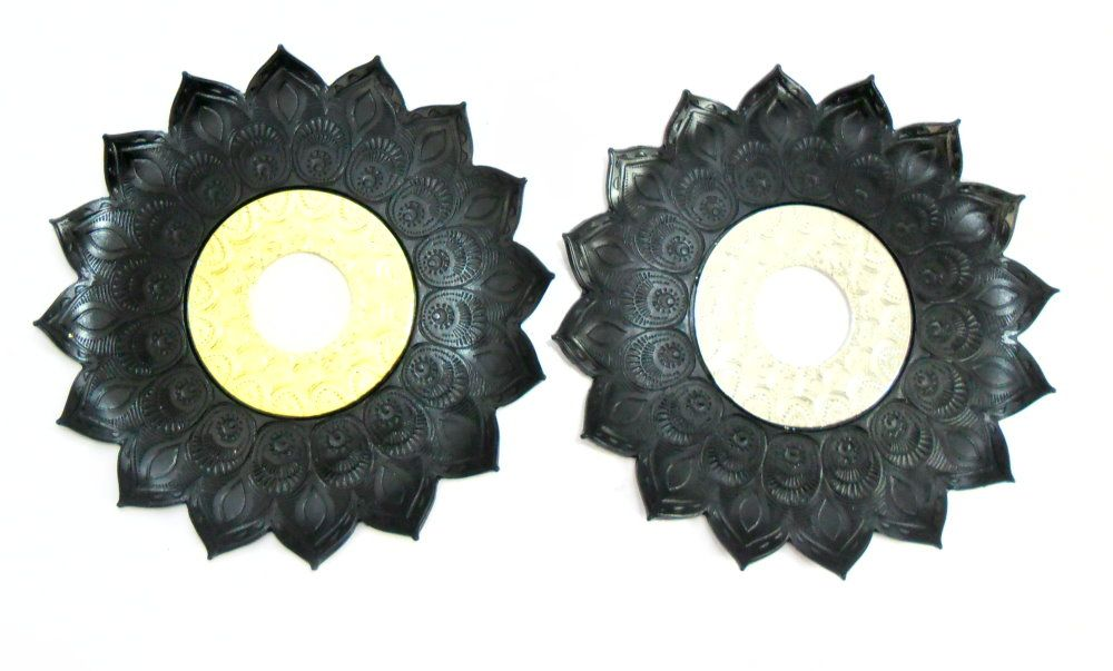 Prato para narguile Pérsia 21cm em inox pintado, decorado flor de lótus. Cor PRETO.