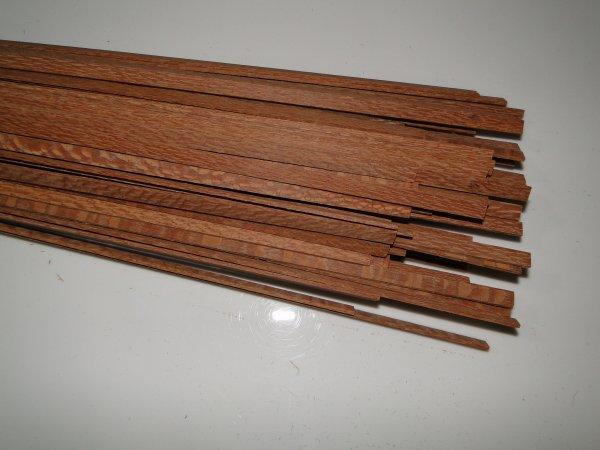Binding (filete) em madeira Louro faia - 80cm x 7mm x 1,8mm (2 peças)  - Luthieria Brasil
