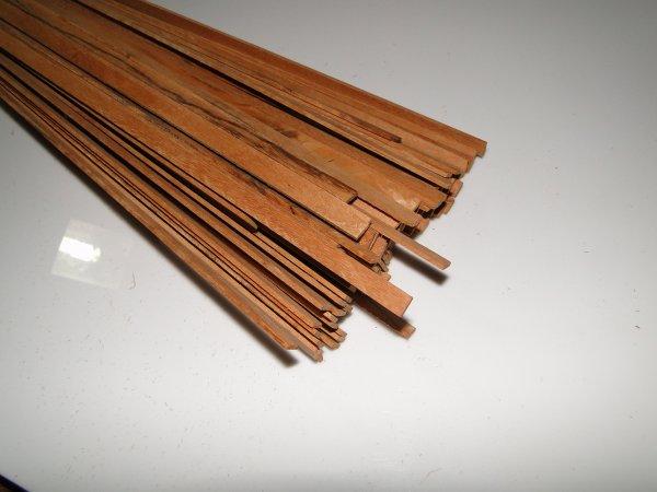 Binding (filete) em madeira Maracatiara - 80cm x 7mm x 1,8mm (2 peças)  - Luthieria Brasil