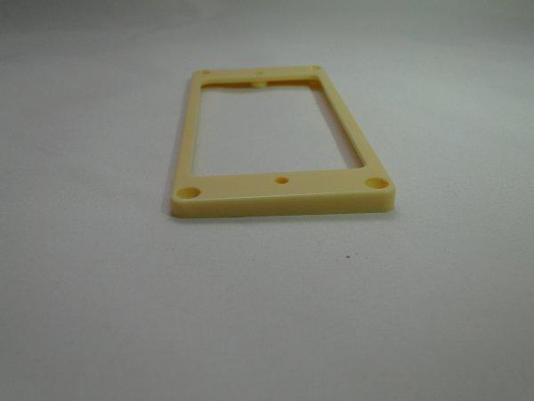Moldura para captador humbucker em plástico cor marfim (ponte) - Spirit (MT30R)  - Luthieria Brasil