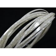 Binding (filete) branco perolado (130cm x 4mm x 1,5mm)