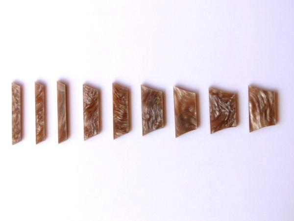 Marcações (dots) para braço de Les Paul/SG - Acrílico caramelo perolado (2mm) (Pacote com 9 un)  - Luthieria Brasil