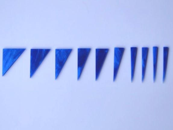 """Marcações (dots) para braço """"Dente de tubarão"""" (Padrão 1) - Acrílico azul perolado (2mm) (Pacote com 10 un)  - Luthieria Brasil"""