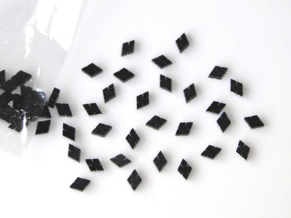 Marcações (dots) diamante (vazado) para braço - Padrão 2 - Acrílico preto perolado - 10.5mm x 7mm x 2mm (Pacote com 12 un)  - Luthieria Brasil