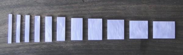 Marcações (dots) para braço retangular (Padrão 1) - Acrílico branco perolado (2mm) (Pacote com 11 un)  - Luthieria Brasil