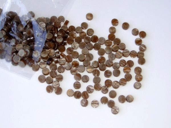 Marcações (dots) redondas para braço - Acrílico caramelo perolado - 5mm x 2mm (Pacote com 12 un)  - Luthieria Brasil
