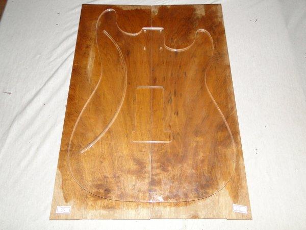 Top (tampo) de Imbuia para guitarra/baixo nº 39 (51cm x 18cm x 0,7cm (2 peças))  - Luthieria Brasil
