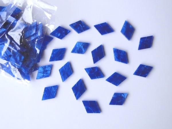 Marcações (dots) diamante (vazado) para braço - Padrão 3 - Acrílico azul perolado - 23mm x 15mm x 2mm (Pacote com 12 un)  - Luthieria Brasil