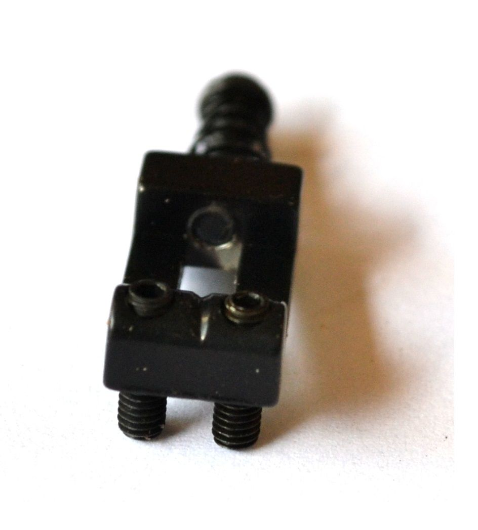 Carrinhos (saddles) pretos para guitarra - Espaçamento 10.5mm - Kit com 6 peças - Sung-il (PS002)  - Luthieria Brasil